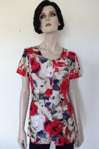 Bluse im floralem Design