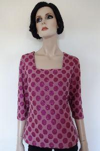 pinkfarbenes Shirt